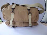 Domke F7 Camera Bag - Excellent Condition - OIRO £110