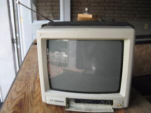Télévision 10 po 120v / 12v