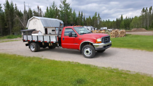 F-550 plate-forme dompeur