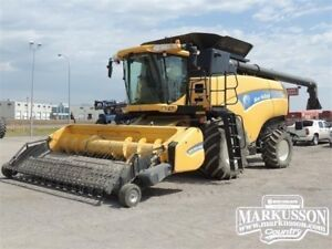 2012 NH CX8080 Combine - 401HP, HIDs, 24 mos. interest FREE OAC!