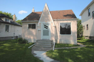 OPEN HOUSE! 71 Martin Ave West - Sunday August 13 from 12-1:30pm