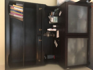 Cabinet and shelves (separable)