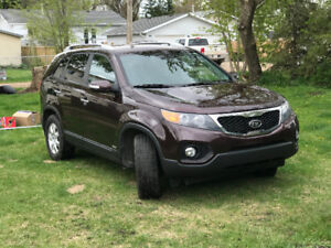 2011 Kia Sorento, Low KM