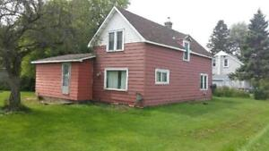 NEW LISTING! 169 East Balfour St.