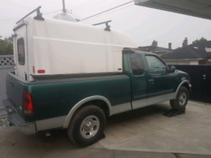 99 F150 5.4L XLT 4x4 for parts or rebuild
