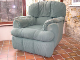 Recliner Rocking Chairs and Sofa 3 Piece Suite