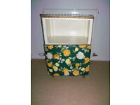 Bedside table shabby chic