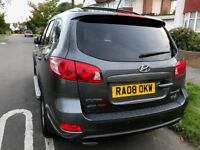 Hyundai Santa Fe 2.2 CRDi- Special Edition - Family 4X4 - 7 seater in very good condition for sale
