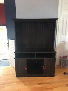 Large TV stand/console Table For Sale!