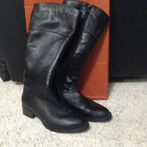 Ladies Leather Boots - Size 37