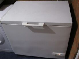 ZANUSSI CHEST FREEZER ZCF 57 - 163 LITRE CAPACITY