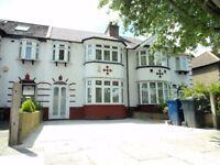 Hanger Lane Park Royal Alperton 3 bed house with 2 Reception Close to Transport