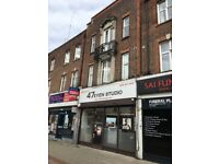 MODERN 1 BED FLAT ABOVE SHOPS ON GREENFORD RD FURNISHED 7 MINS WALK TO SUDBURY HILL TUBE STATION