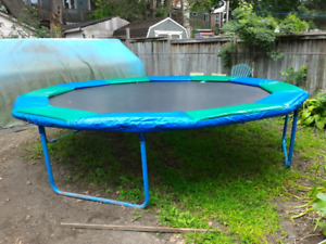 Playfactory trampoline 15'