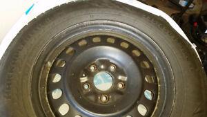 235/65 R17 Nokian R SUV Winter Tires on Jeep GC 5 bolt Rims