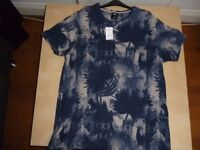 BURTON MENSWEAR LONDON T-SHIRT SIZE XL