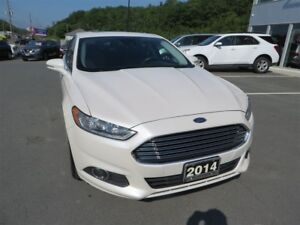 2014 Ford Fusion SE *AWD *Heated Leather *Sunroof *Nav
