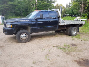2000 Dodge ram sport 3500 Pickup Truck