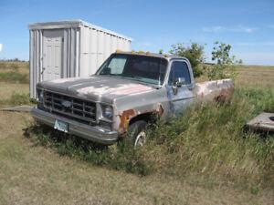1977 Chev  4 x 4 truck