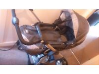 Silvercross freeway travel system. In good condition, includes raincover. Suitable from birth