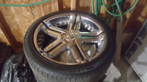 "22""chrome 4 rims with tire"