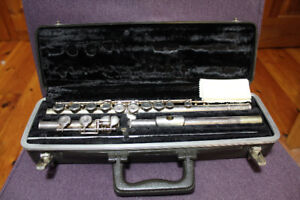 Bundy II Flute with case, music stand and books