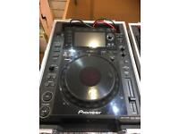 Pioneer pair of CDJ-2000 multi players with flight cases