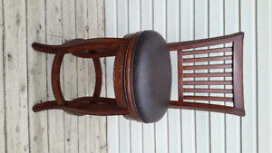 Counter Height Swivel Chairs