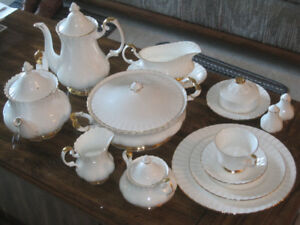 Val D'or Bone China dishes