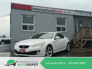 2012 Hyundai Genesis Coupe 2.0T   2 SETS OF TIRES   LOW KM'S