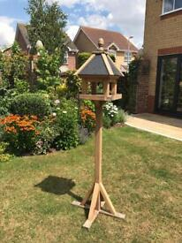 A BEAUTIFUL SLATE ROOF BIRD TABLE AS NEW