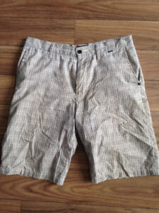 Hurley Shorts - Size 32