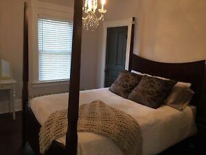 $100 Bedroom Set for Sale!! $100