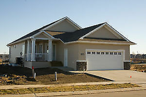 CUTE LEDUC BUNGALOW WITH NEW HOME WARRANTY