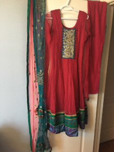 ALL INDIAN SUITS IN MY CLOSET FOR SALE all $100 or LESS!