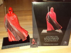 GENTLE GIANT, STAR WARS STATUE ROYAL GUARD #3,067 OF 3,500