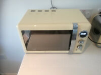 Swan SM22030CN 20L Microwave Oven