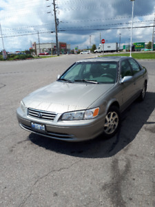 REDUCED 2000 Toyota Camry CE Sedan with Sunroof