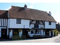 Sous Chef! Historic Country Pub. Near Windsor & Maidenhead. 4 Day week/44 Hours.