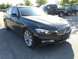 2013 BMW 3 Series 320i xDrive**LEATHER**POWER SUNROOF**