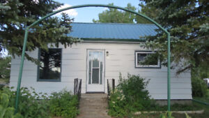 House for Sale in Kisbey with very large corner lot