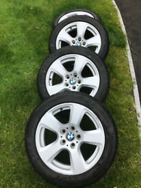 Alloy wheels with winter tyres for BMW 5 series E60 2008 225/50/R17