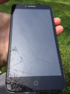 Unlocked Alcatel one touch LTE cracked screen