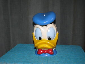 1971 Donald Duck Bust Peggy Bank