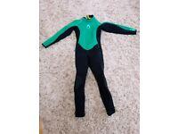 Decathlon age 12 warm wetsuit