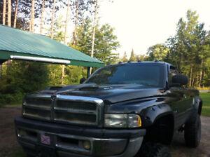 1999 Dodge Power Ram 1500 Pickup Truck