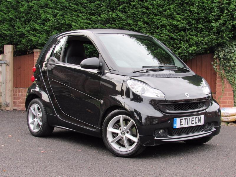 2011 smart fortwo 1 0 pulse mhd 71bhp black alloy wheels. Black Bedroom Furniture Sets. Home Design Ideas