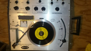 Hilton AC-300 Record player with or without speakers