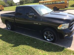 2009 Dodge Power Ram 1500 Sport Pickup Truck HEMI 5.7L