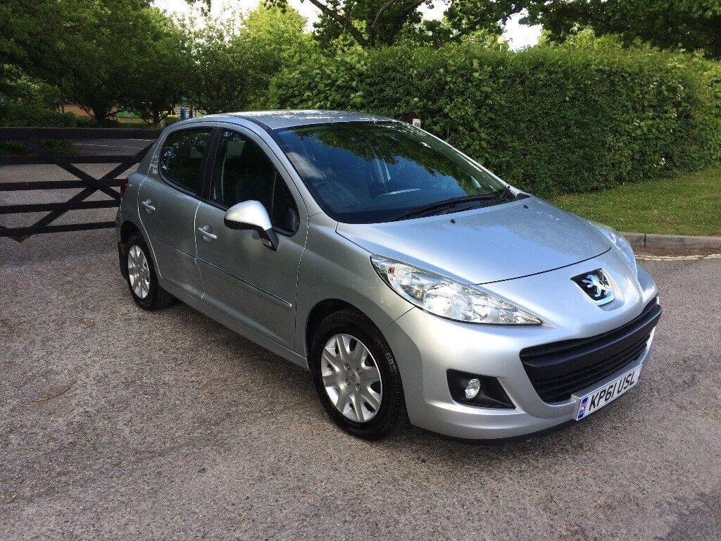 PEUGEOT 207 SILVER 1.4 PETROL 2012 HPI CLEAR 50973 MILES MOT 18/5/ 2018 2 Owners